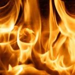 4664-brennendes-feuer